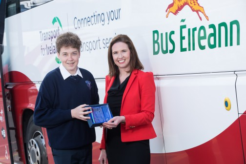 The East Winner of the Bus Éireann 'Go Places' competition for transition year students is Ruairi Meehan from Dunshaughlin Community College, Co. Meath. Pictured is Ruairi with Nicola Cooke, Bus Éireann Media and PR Manager. Ruairi won a brand new iPad and a trophy.